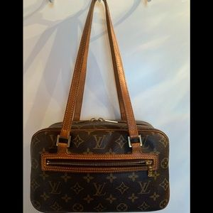 LOUIS VUITTON Cite MM in good used condition!